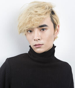 Chang Oh Han, 22 years old