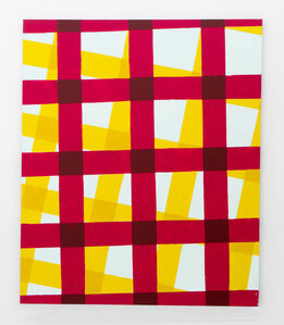 The beet table-cloth on the yellow table-cloth