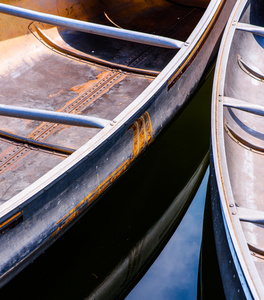 Livery Canoes