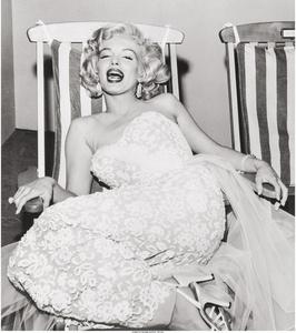 Marilyn in a deckchair