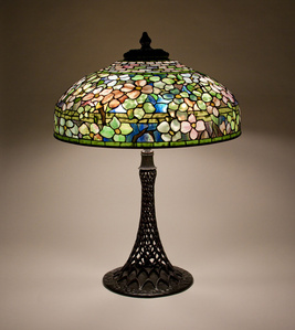 Dogwood Table Lamp