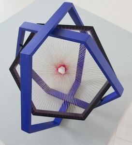 Hexagono 3D II azul ultramar