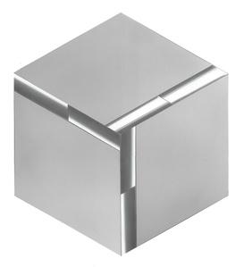 Cubo naturale. Superficie a testura vibratile