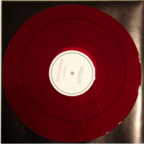"""Instrumental Version"" original video soundtrack (interpretation of ""the Robots"" from Kraftwerk's original album ""Man Machine"", 1978, by the Chamber Choir: Coro da Câmara da Universidade de Lisboa, conducted by Maestro José Roberto)"