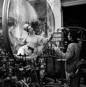 Bird Cage Intrigue, Paris