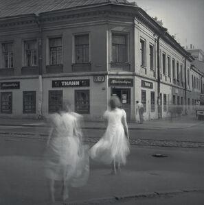 White Dresses, St. Petersburg