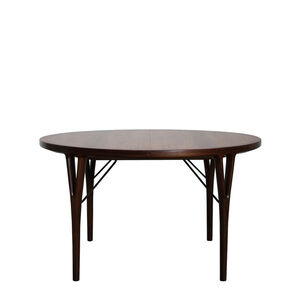 Dining table with leaves