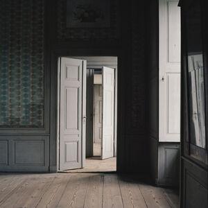 Interior 38