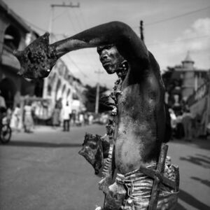 Nèg ak Konk (Man with Conch Shell Horn), 2001