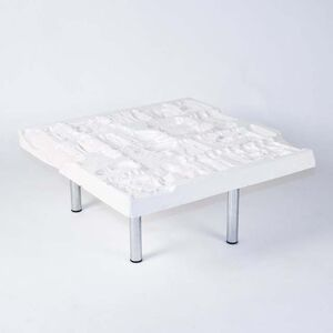Pearlescent Table