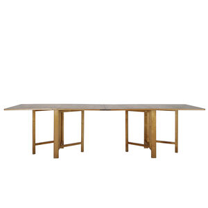'Maria' dining table