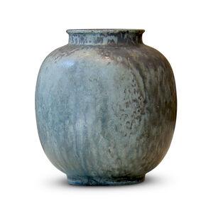 Vase with dappled cerulean jade gray glaze