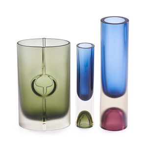 Three Vases, Finland