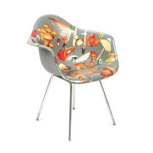Genus Chairs (Shroom Chair)