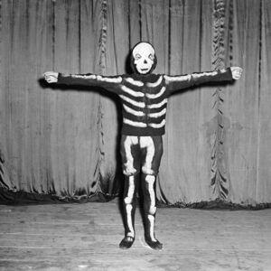 Untitled (skeleton)