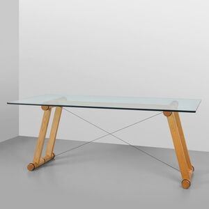 A 'Tenso' dining table