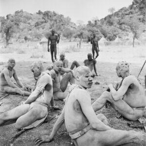 Wrestlers of the Kao-Nyaro resting in shade. Kordofan, Southern Sudan