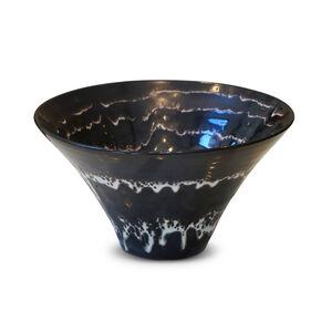 Vase/Bowl with spiral design in white glaze over brown