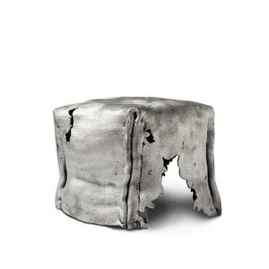 Los Huesos Cube Stool 2