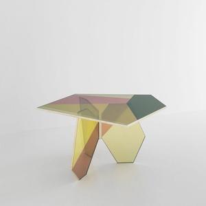 Penta Table