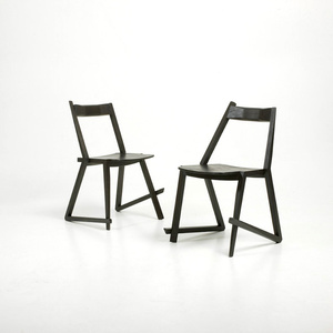 DFKT (stackable chair)