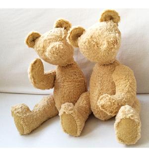 Siamese Friends (Object)