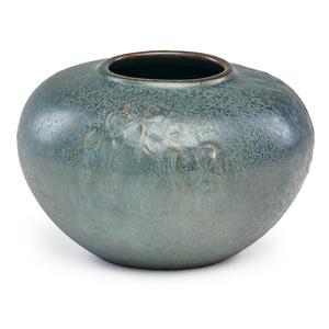 Vase modeled with cherry blossoms, fine microcrystalline glaze