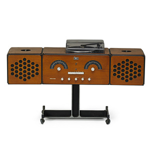 RR126 radio and turn-table