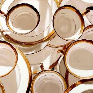 Porcelain Pile