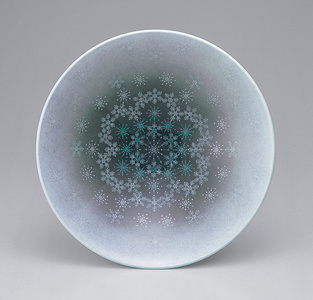 Bowl with snowflake patterns
