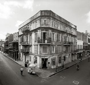 Pedesclaux-Le Monier Building