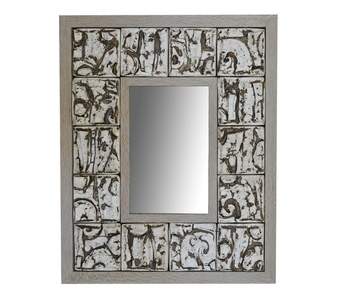 MIRROR WITH SCULPTURAL FRAME