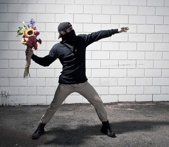 Flower Thrower