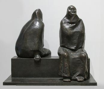 Madre e Hija Sentadas