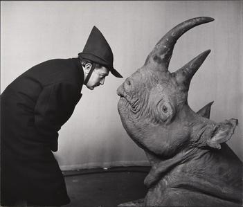 Dali avec Rhinoceros (Dali with Rhinoceros)