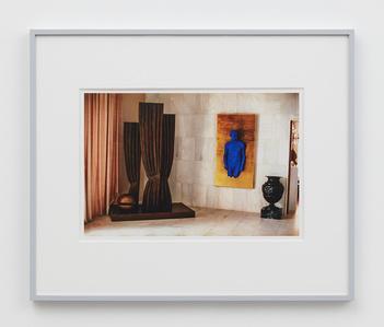 Villa Iolas (René Magritte, Yves Klein, Man Ray)