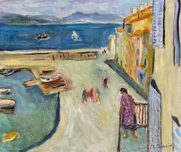 Le bout du port de Saint-Tropez. Personnage sur le balcon