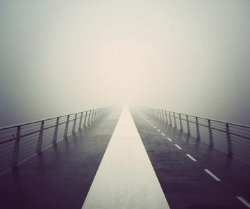 Deserted City: Bridge