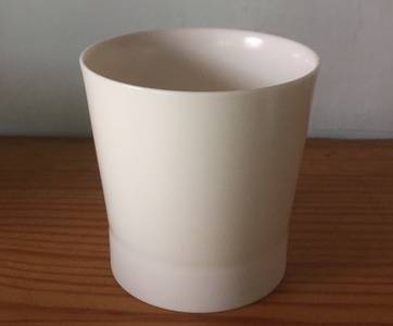 76. M type cup