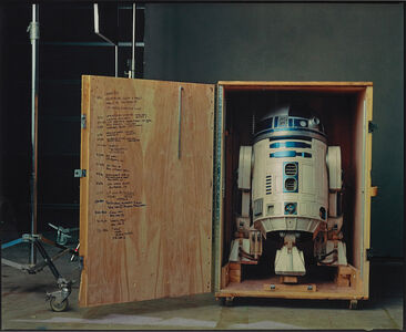 """R2-D2 on the set of """"Star Wars: Episode II, Attack of the Clones"""", Pinewood Studios, London"""