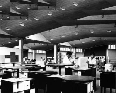 Untitled, 1960. Professor Miguel Arroyo teaching Harry Abend at the School of Architecture and Urban Studies, Universidad Central de Venezuela