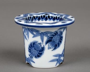 Bamboo Sparrows-style Bonsai plant pot / 染付竹福良雀文下方丸鉢