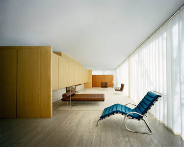 Mies van der Rohe Farnsworth House, Interior