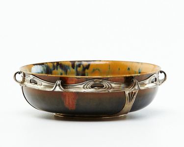 Mounted Bowl