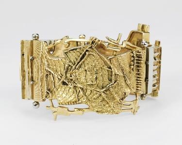 Unique gold bracelet with cuttlefish bone castings