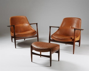 """Pair of armchairs and foot stool """"Elizabeth""""."""