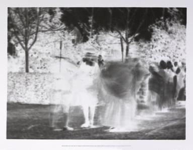 Impressió fotogràfica sobre un mateix paper de 40 fotogrames de la filmació del Ball de l'Espolsada, rodada a Cardedeu l'any 1902