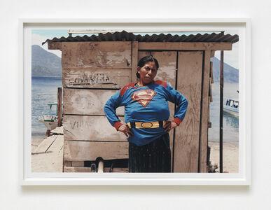 Super Chica en Atilan