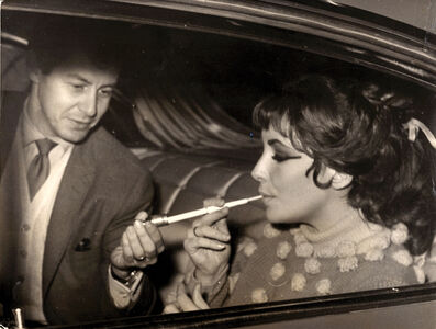 The last picture of Liz Taylor and her husband Eddie Fisher together