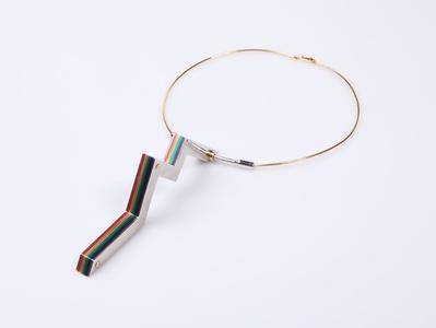 Zig zag pendant and torque